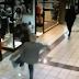 VÍDEO: Idoso de 84 anos tenta para ladrão de 15 anos dentro de shopping