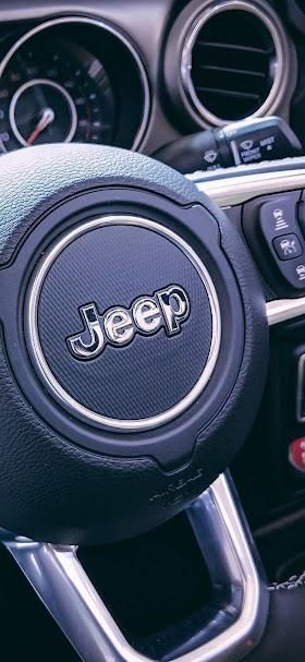 خلفية مقود سيارة Jeep أسود اللون