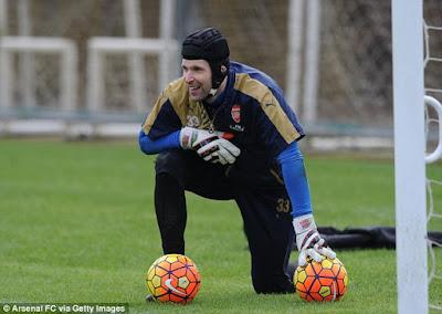 Arsenal Goalkeeper Makes Impromptu Return to Chelsea
