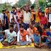बलिया में सड़क मरम्मत के लिए ग्रामीणों ने लगाया जाम