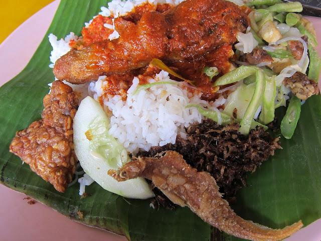 Nasi-Ambeng-Johor-Bahru