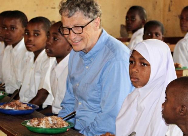 O homem mais rico do mundo acaba de se render ao Instagram. Bill Gates, fundador da Microsoft, postou sua primeira foto na rede social.