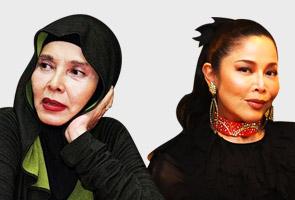 Noorkumalasari Terguris Dengan Anita Sarawak