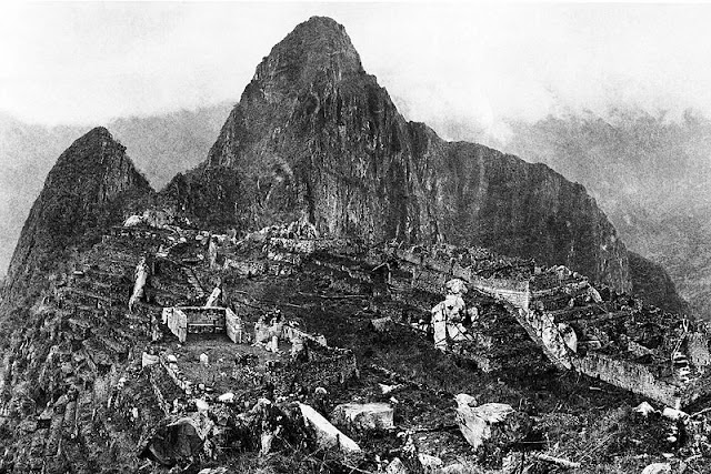 """[Viajando na História] O mês de Julho na História - """"Descobrimento"""" de Machu Picchu"""