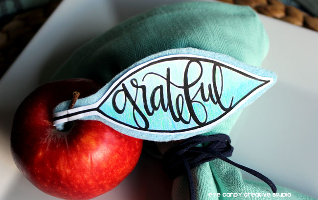 tombowpro, apple placecard, hand lettered decor, fall place setting idea