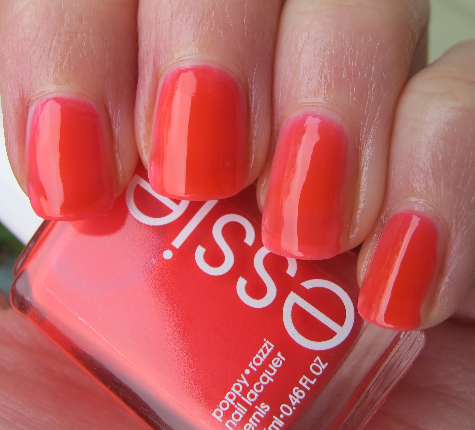 Never Enough Nails: Squishiness of the Week- Essie Camera