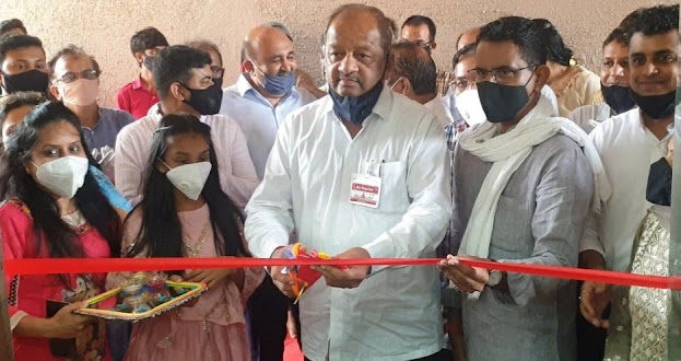 Buntarasangam-Gopal Shetty, the MP from North Mumbai inaugurated Covid Care Centre in Mumbai