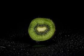 कीवी खाने के फायदे | कीवी से वजन कम कैसे करे