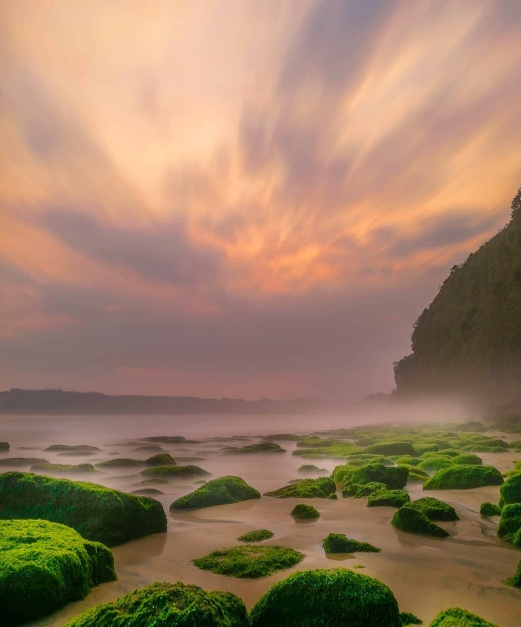 Lokasi Pantai Dlodo