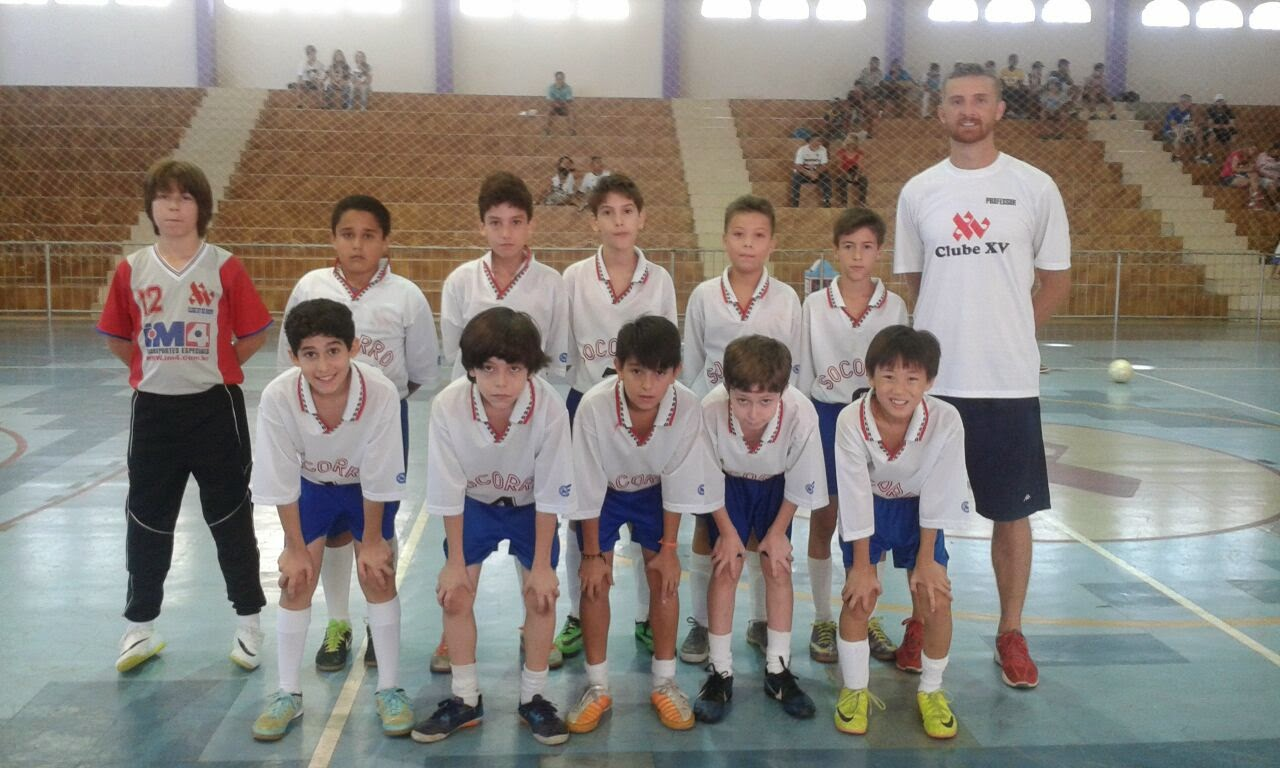 Clube XV goleia Munhoz MG em amistoso de futsal 04c2c7f6409bd