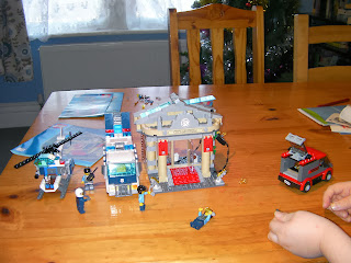 lego police helicopter police van museum break in 60008