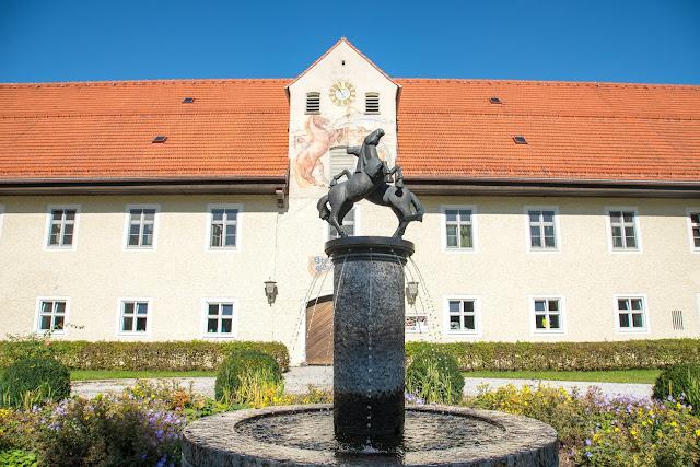 Rundweg Ohlstadt - Kreut-Alm  Freilichtmuseum Glentleiten Schwaiganger  Wandern im Blauen Land 14