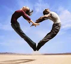 Tình yêu là thơ ca – Hôn nhân là văn xuôi