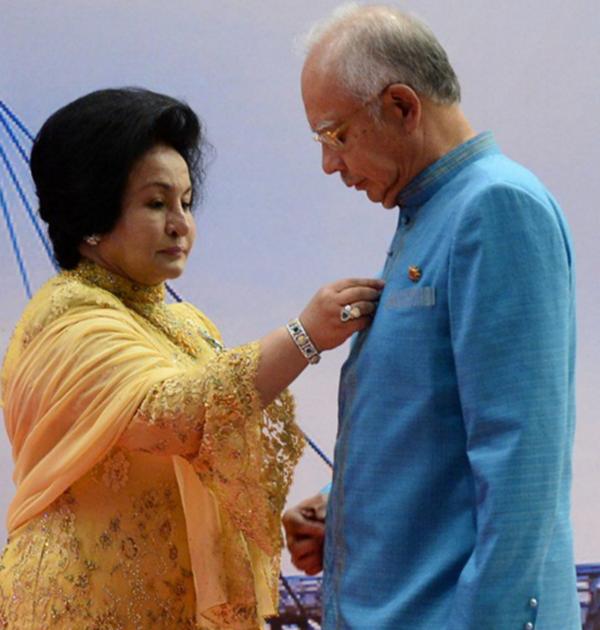 EKSKLUSIF: Kisah Pengorbanan Seorang Isteri Menteri Yang Ramai Tidak Tahu!