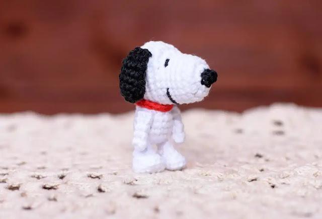 Amigurumi de Snoopy (Charlie Brown o Peanuts) a Crochet