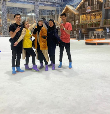 Serunya Liburan Bermain Salju di Snow World Internasional Bekasi