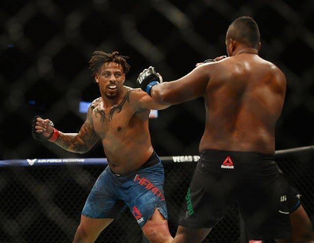 Greg Hardy Yorgan De Castro UFC 249