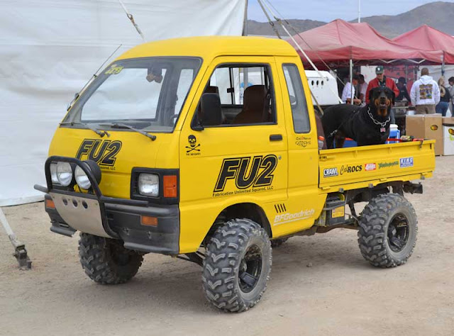4x4 Daihatsu Hijet kei truck at the King of the Hammers.