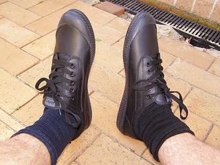 Cara Memakai Sepatu Pria yang baik agar awet