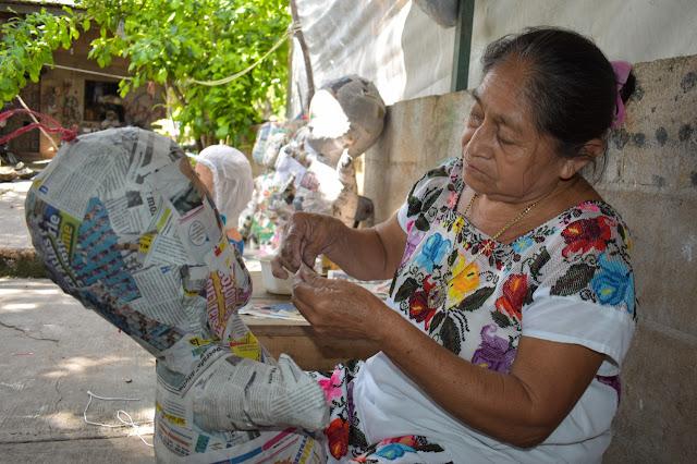 Piñateros cifran esperanzas de aumento de ventas con la llegada del Tren Maya