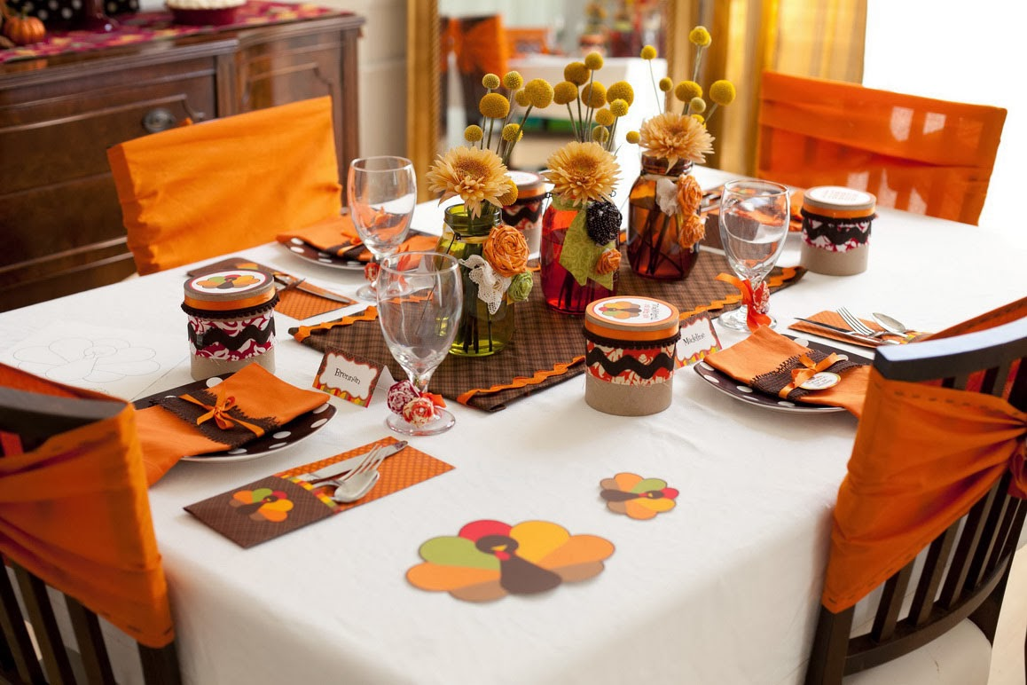 How to throw a great thanksgiving dinner party for your - Thanksgiving dinner table decorations ...