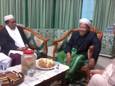 Biografi Lengkap KH Zezen Zainal Abidin Bazul Asyhab & Pergerakan Dakwahnya