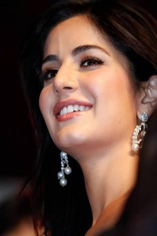 Katrina kaif beautiful smile face and sexy Amazing Hot images
