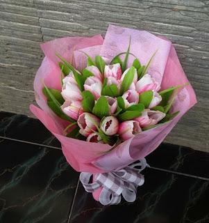 buket-bunga-tulip-gresik2