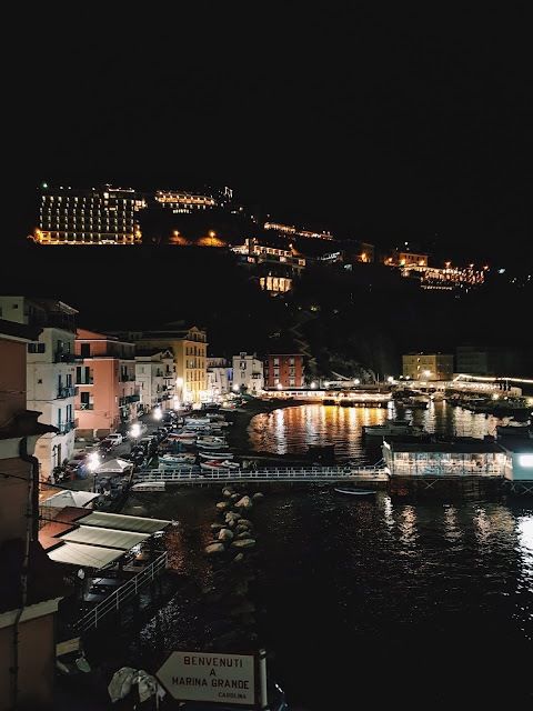marina grande by night