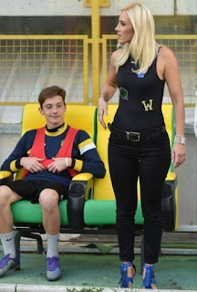 Funny pictures of female football trainer