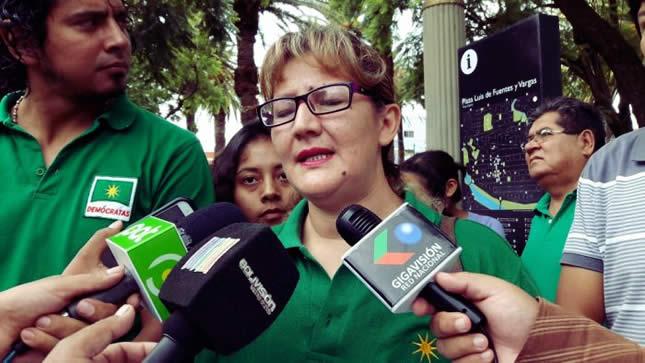 Legisladora cuestiona que jueces impuestos por el MAS busquen favorecer a Evo Morales