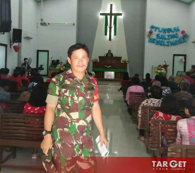 Babinsa Kelurahan Mojosongo Bersinergi Dengan Unitintel Polsek Jebres Amankan Ibadah di Gereja