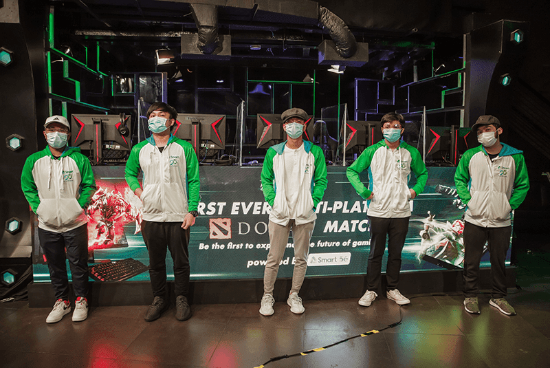 Team PLDT-Smart Omega wins over Team LuponWxC in the country's first crossplay DOTA 2 exhibition match via cloud gaming with a score of 34-6. The groundbreaking match was held at Gariath Concepts, which Smart unveiled as the first 5G-powered eSports hub in the country.