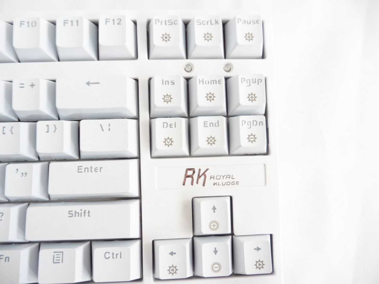 Unboxing & Review: Royal Kludge RG-987 Mechanical Keyboard 9
