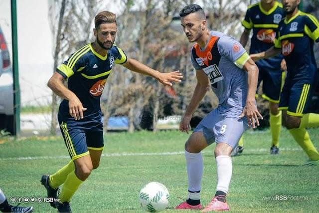 هشام العلوي لاعب الشباب السالمي يتألق خلال الديربي الحريزي
