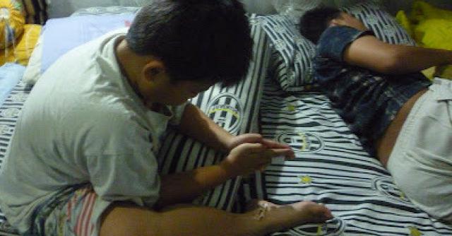 3 Dampak Negatif Jika Anak Tidur Selalu Ditemani Orang Tua