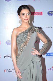Amy Jackson in Half Saree Half Gown with Gorgeous Yami Gautam