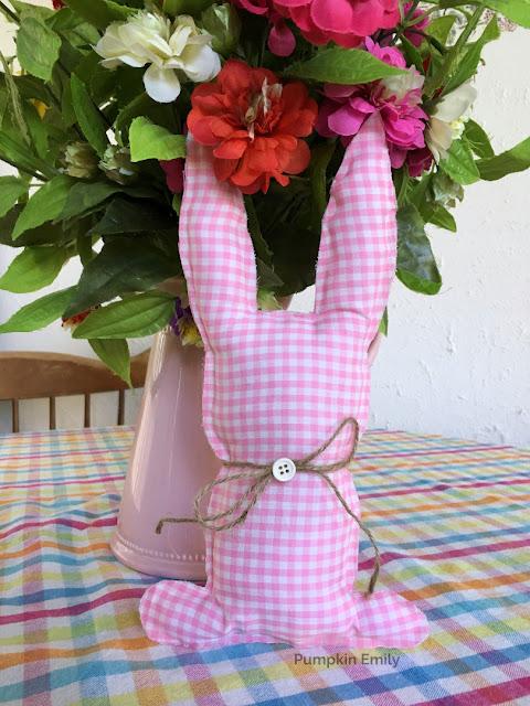Farmhouse DIY No Sew Fabric Bunny