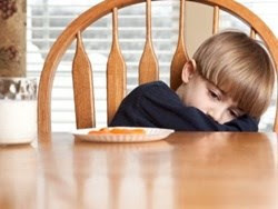 Mùa nắng nóng và bệnh đường tiêu hóa ở trẻ