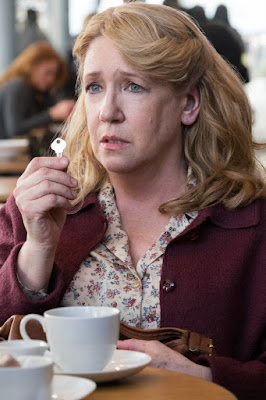 Image of Ann Dowd in Collateral Beauty (2)