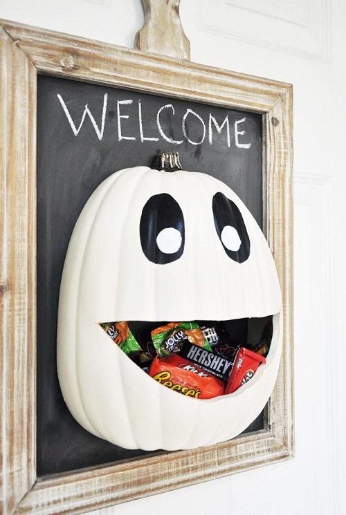 diy halloween candy door hanger