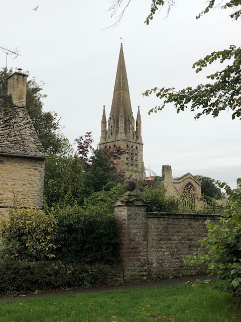 Oxfordshire churches, Chez Maximka