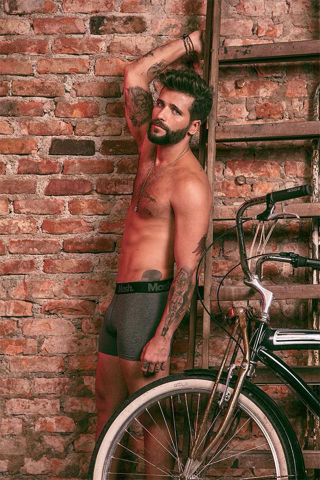 Bruno Gagliasso mostra a boa forma em ensaio. Foto: André Nicolau