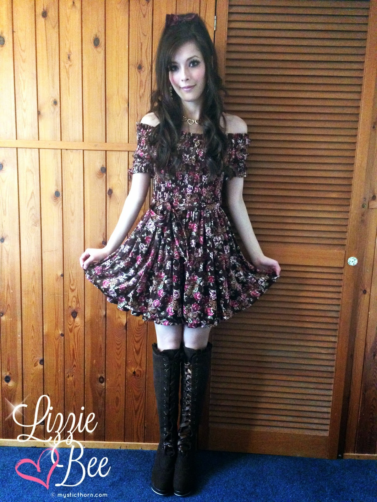 liz lisa velour winter dress