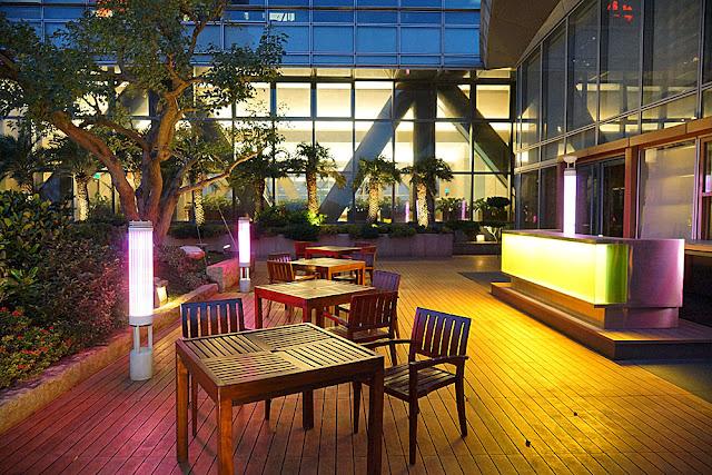 DSC03020 - 熱血採訪│裕元花園酒店映景觀餐廳,台中情人節餐廳之夜乾式熟成牛排的浪漫饗宴