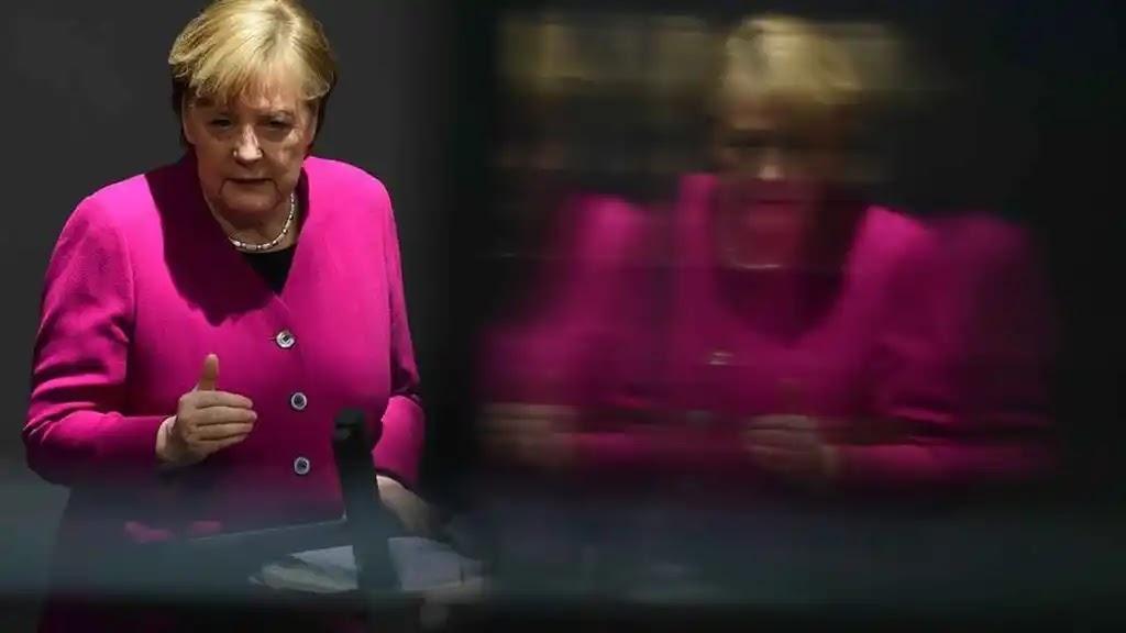 Nuevo golpe a la vacuna AstraZeneca. Alemania decide restringir su uso