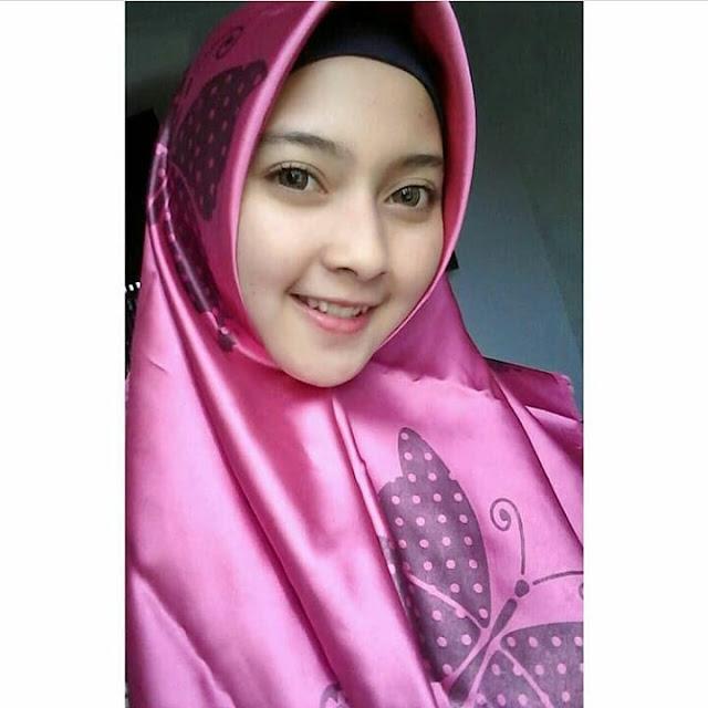 Maya Selphia  Hijaber Cool