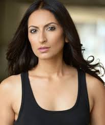 Zehra Fazal Age, Height, Wiki, Biography, Husband, Net Worth, Instagram
