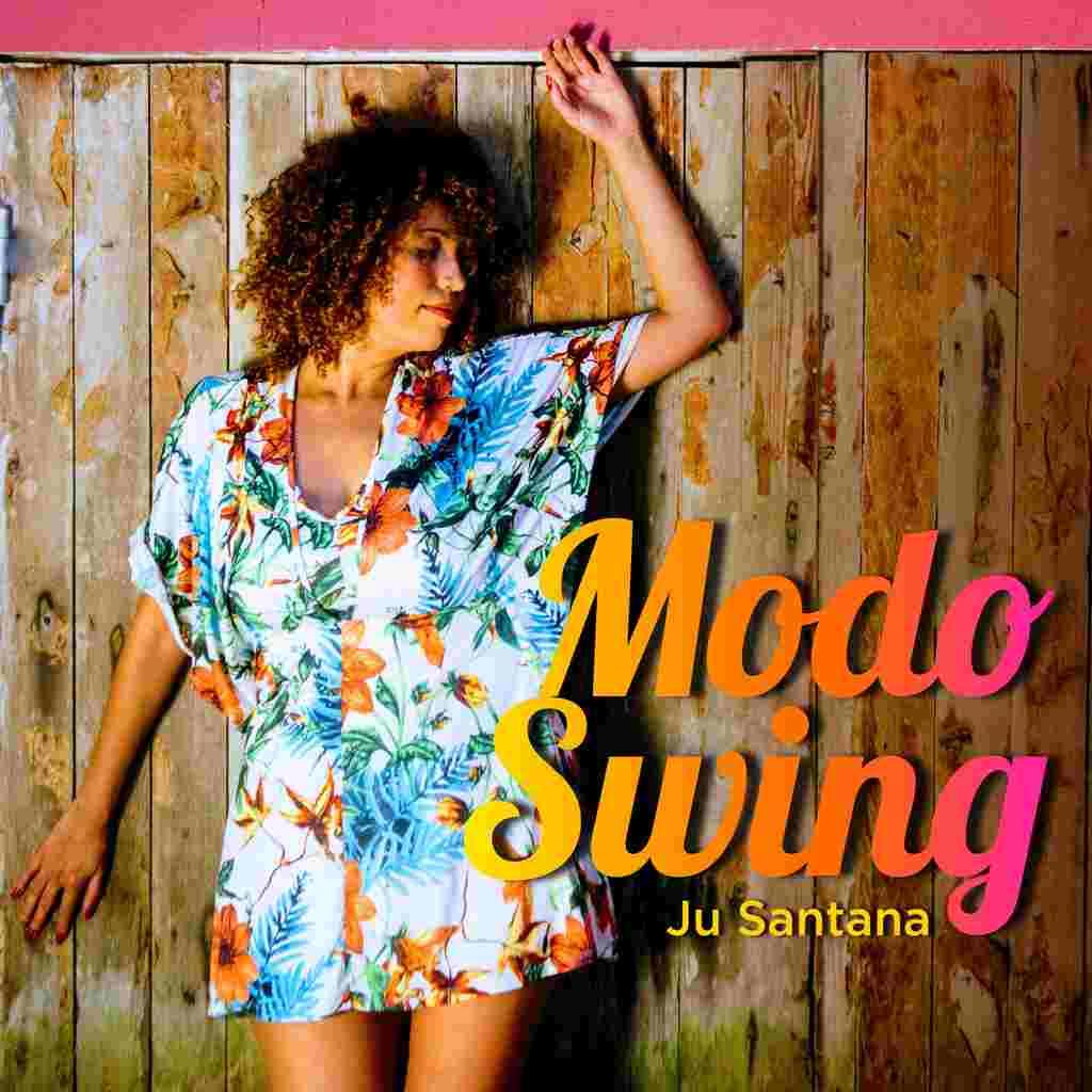 """Sintonizando inspirações que vão do bregafunk ao lambazouk, a cantora Ju Santana inaugura com o single e clipe """"Modo Swing"""" uma série de lançamentos que culminarão no seu EP de estreia. A faixa dançante já está disponível nas plataformas de streaming e ganha um clipe."""