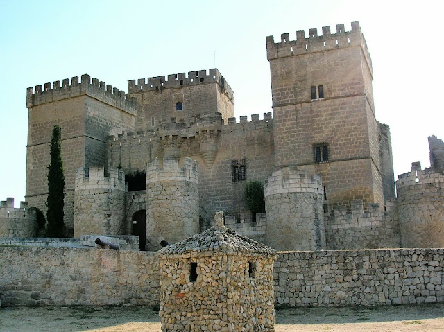 Ampudia, Palencia, Spain, invites caravanners and motorcaravanners to the 5th Centenary of Charles Emperor visit